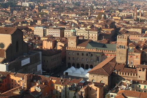Plaza mayor de Bolonia vista desde la Torre Asinelli