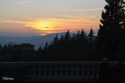 Puesta de sol en el Santuario della Madonna di San Luca