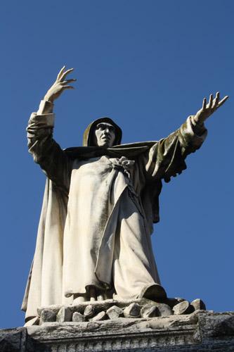Monumento a Savonarola en Ferrara
