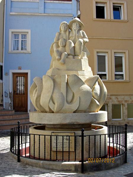 Monumento dedicado a la Cofradía de los marineros en Calpe