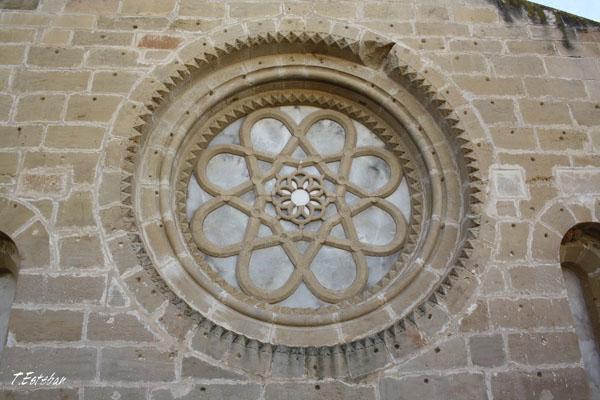 Rosetón original del Monasterio de Rueda