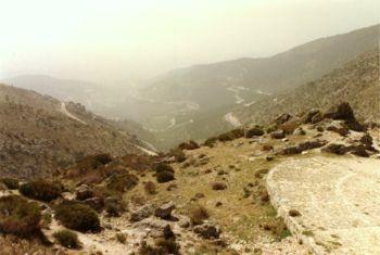 Calzada romana y Sierra de Gredos