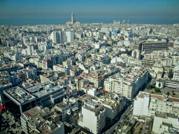 Casablanca. Vistas desde las Torres Gemelas. Al fondo la Mezquita Hassan II