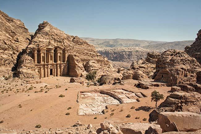 Petra. El Monasterio desde el mirador.