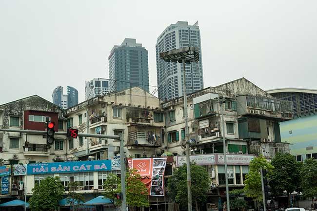 Hanoi. Contraste de viviendas