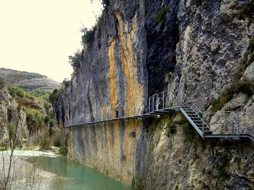 Ruta de las pasarelas en Alquezar (Huesca).
