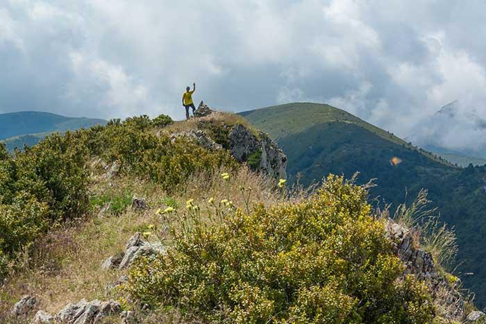 Saludando en la cima del pico Peiró