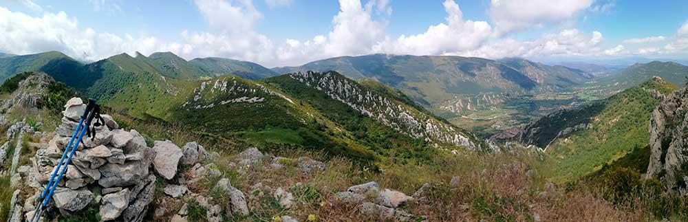 Vista panorámica desde el pico Peiró mostrando la vertiente de Bentué de Rasal.