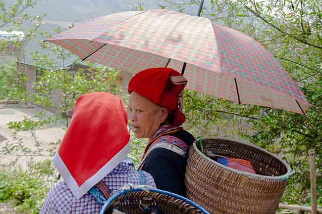 Mujeres de la etnia Hmong