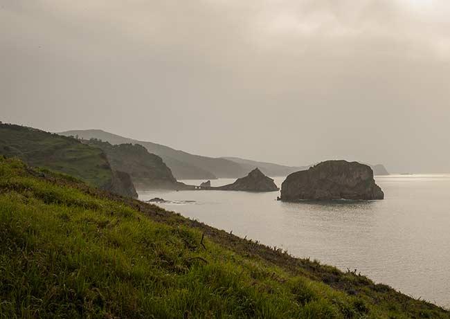 Lo que se ve al oeste desde cabo Machichaco
