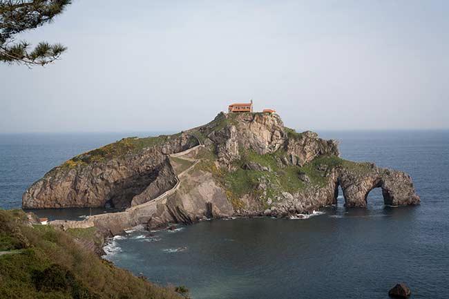 San Juan de Gaztelugatxe, primer plano de la isla.