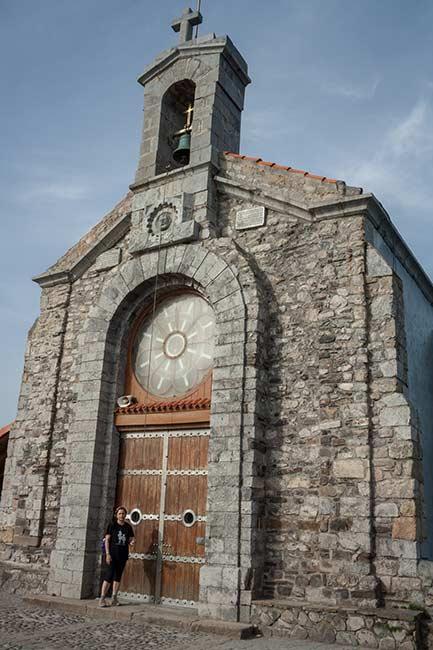 Puerta de le ermita de San Juan de Gaztelugatxe